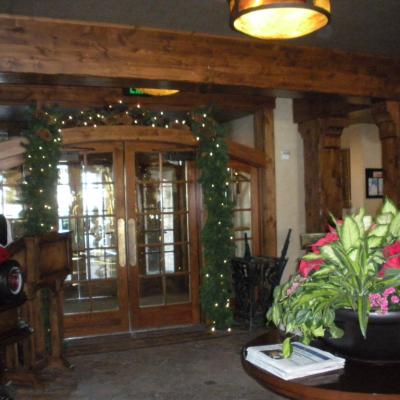 Holiday office decor