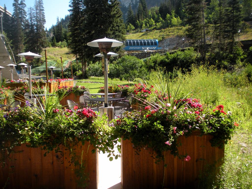 outdoor planters Utah